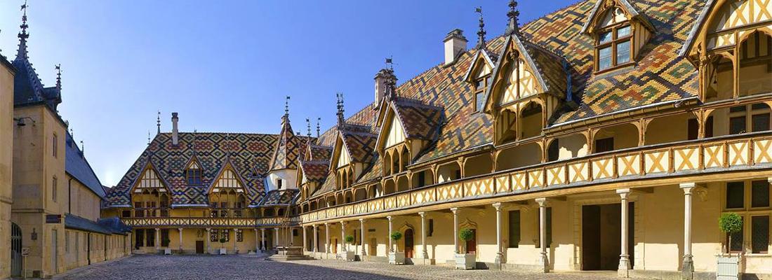 Tourisme en Bourgogne-Franche-Comté : entre visite et gastronomie